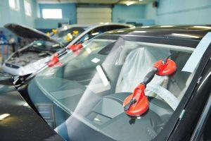 Замена лобовых боковых задних стекол автомобиля в Ярославле