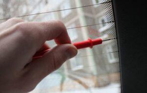 Не работает нить обогрева заднего стекла восстановление ремонт цена